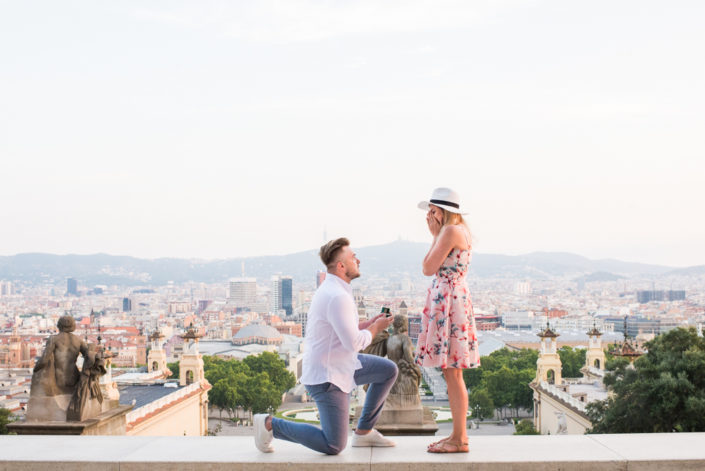 proposal photographer in Barcelona, engagement shooting in Montjuïc